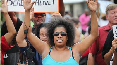 Los manifestantes vuelven a calles de Ferguson
