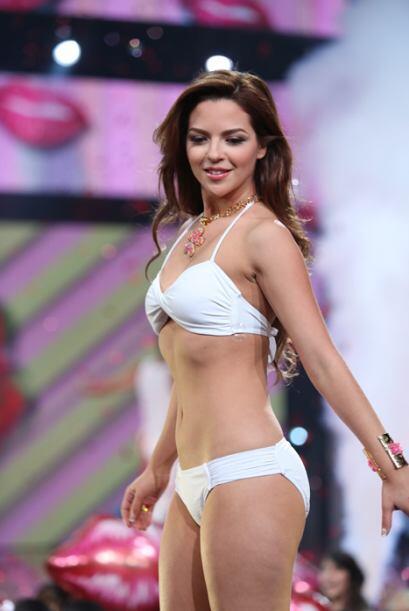 No te dejes engañar por estos bikinis blancos. Ya sabemos que estas bell...