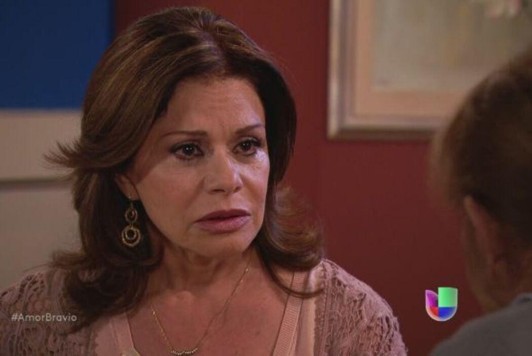 Refugio le dice a Amanda que Yago no quiere casarse con Natalia, ni siqu...