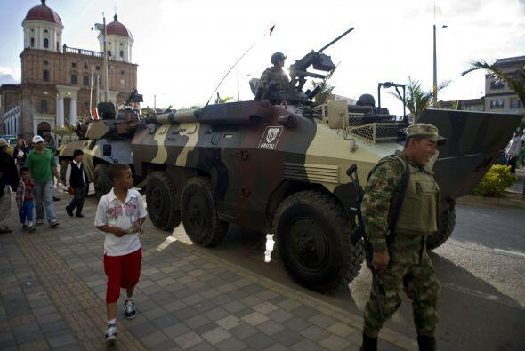 El ministro de Defensa, Juan Carlos Pinzón y altos mandos militar...