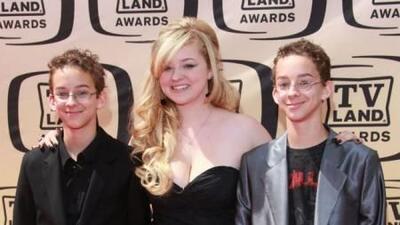 Sawyer junto a su gemelo y su hermana