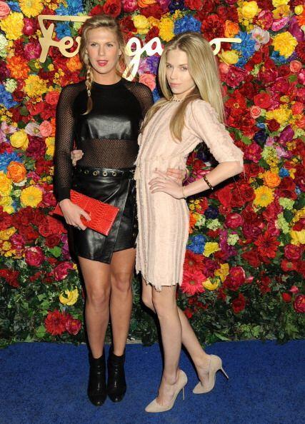 Este dúo de bellezas son Theodora y Alexandra Richards, chicas qu...