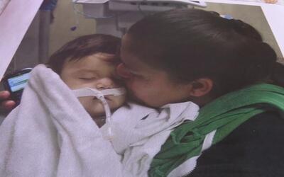 Una niñera en Arizona le entregó a una madre a su bebé muerto