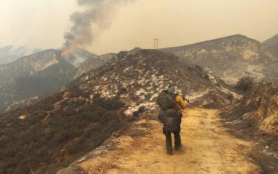 Zona devastada por el incendio Sand, en el condado de Los Ángeles.