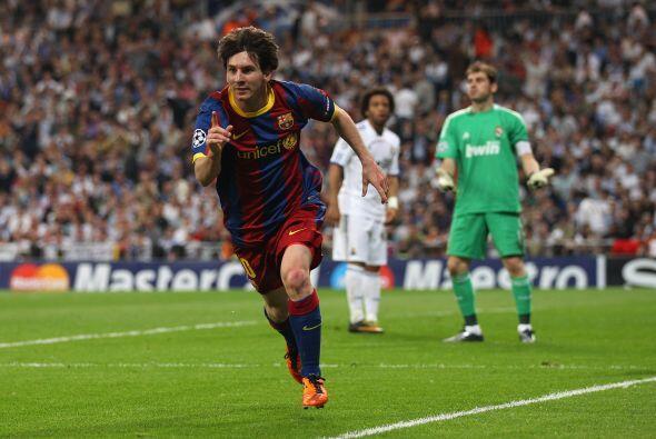 Segundo gol de Messi en el partido y décimo en la Champions.