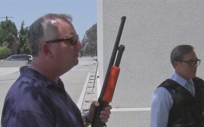 ¿En qué momento un policía puede hacer uso de sus armas no letales?