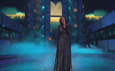 Laura Pausini dejó al descubierto sus partes íntimas en un concierto