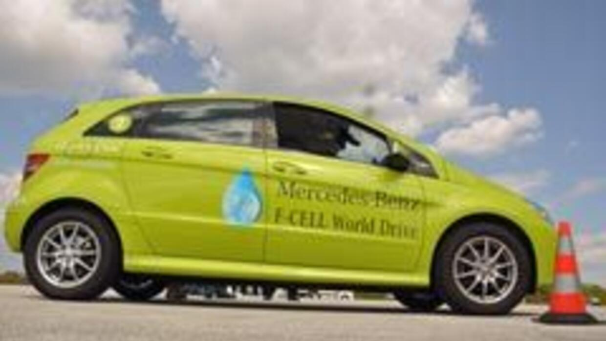 Tour F-Cell Mercedes-Benz