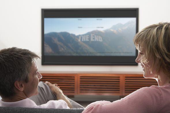 Un televisor de pantalla plana. Resultan ideales para ambientes reducido...