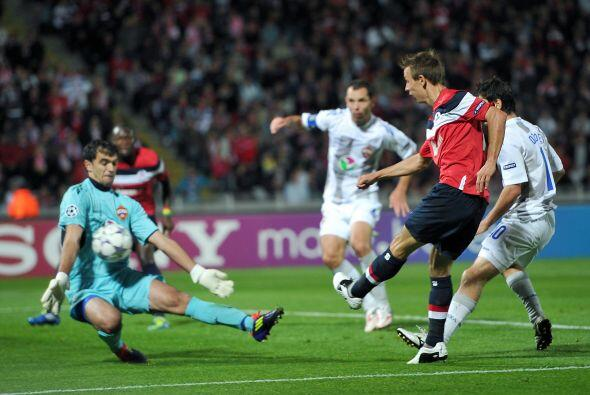 Lille y CSKA empataron 2 a 2, en Francia.