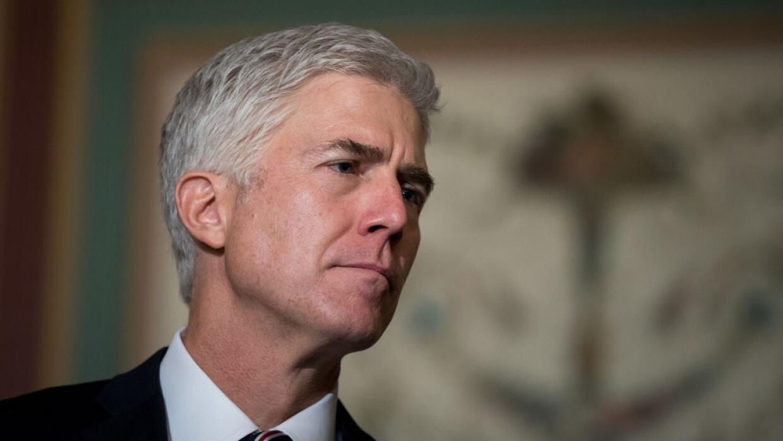 El juez Neil Gorsuch fue nominado por Trump para suplir la vacante del f...