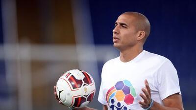 A lo largo de su carrera jugó en Platense, Mónaco Juventus, River Plate,...