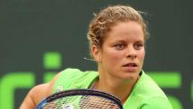 Kim Clijsters deberá estar fuera de las canchas al menos durante un mes.