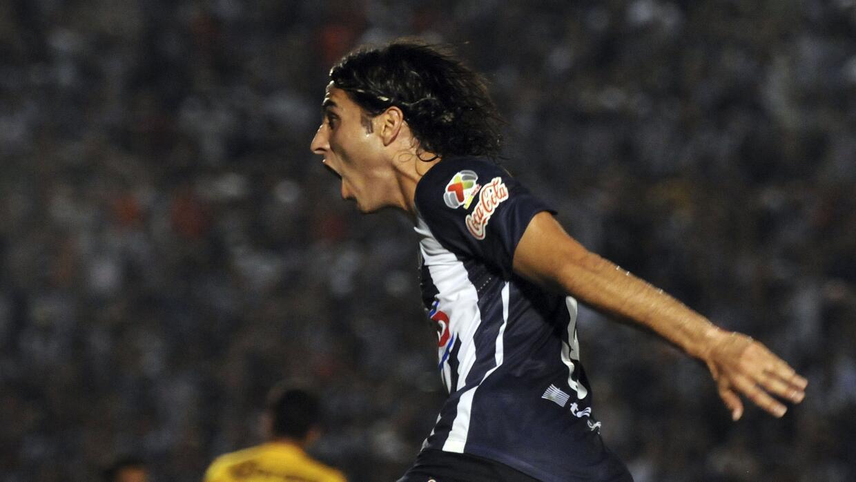 El delantero podría volver a Monterrey luego de su gris pasado con Chivas