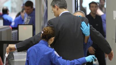Refuerzan la seguridad en aeropuertos de los EEUU  por amenaza de Al Qaeda