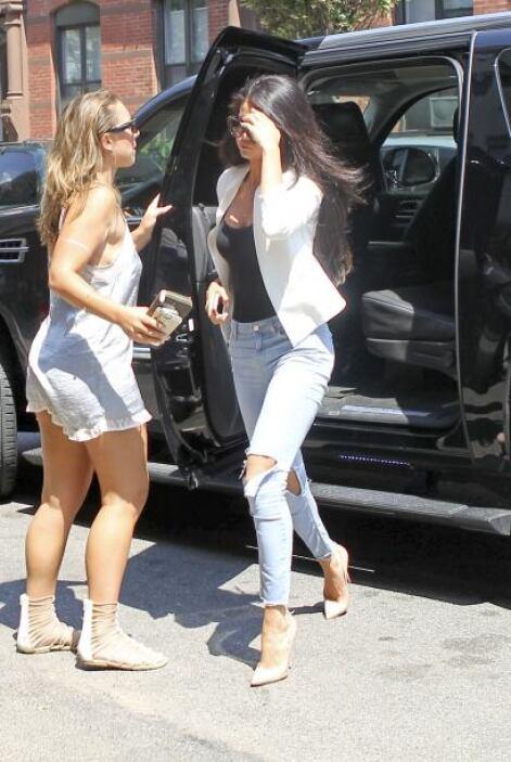 Encontramos a Selena Gomez en Nueva York.Mira aquí los videos más chismo...