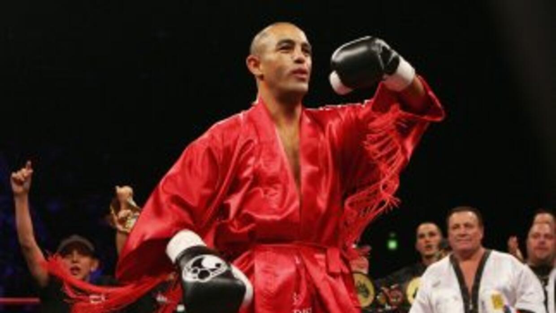 Soliman derrotó por decisión unánime a Sturm.