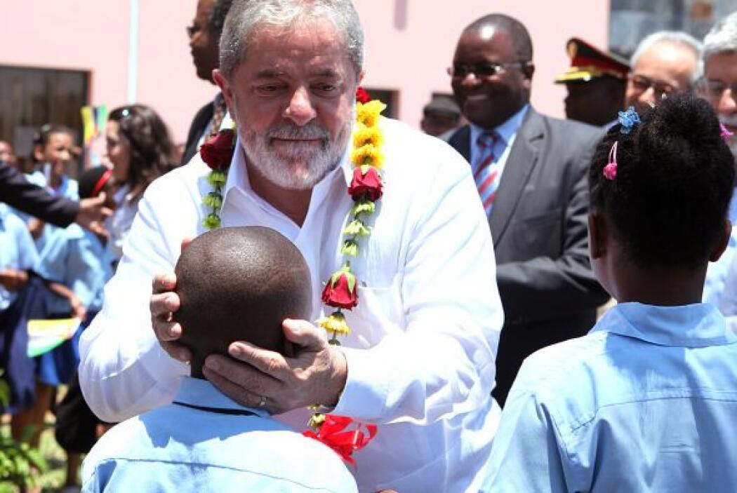 El presidente saliente goza de una inmensa popularidad en Mozambique, do...