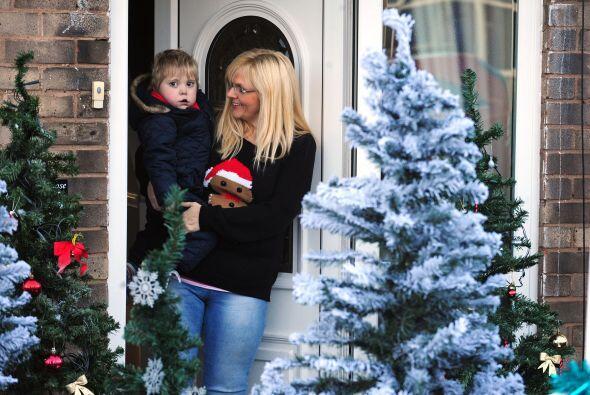 La madre quería  que su hijo disfrutara de su última nevada antes de que...
