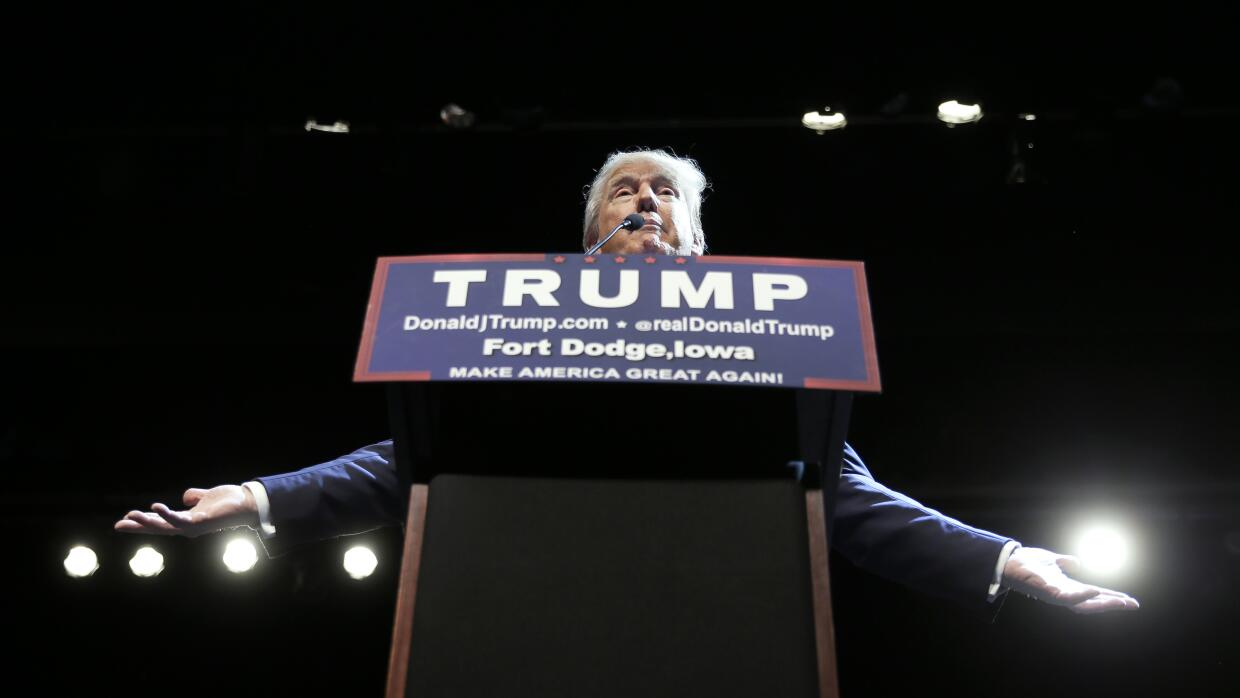 Donald Trump en un evento de campaña en Iowa
