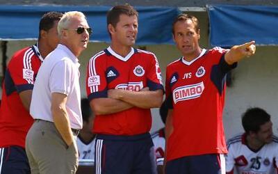 Johan Cruyff visitó a las Chivas y se reunió con John Van't Schip