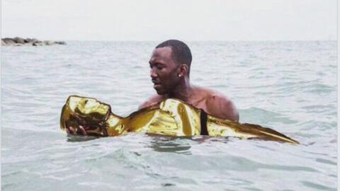 Tras memorable error en la gala de los premios Oscar, los memes invaden...