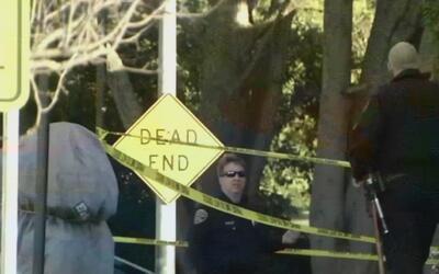 Cuatro estudiantes resultaron heridos luego que un grupo de criminales a...