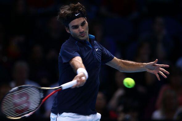 Tras ponerse 3-2 arriba en el primer set, Federer sacó una ventaj...