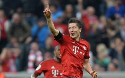 Robert Lewandowski anotó cinco goles con el Bayern Munich en 9 minutos.