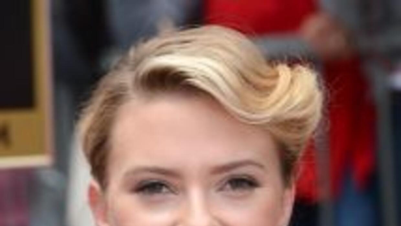 """La estadounidense Scarlett Johansson le quitará el """"trono"""" de la actriz..."""