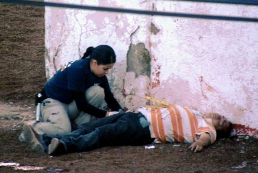 En 2010, en Ciudad Juárez hubo 3,111 muertos a causa del narco. Muchos d...