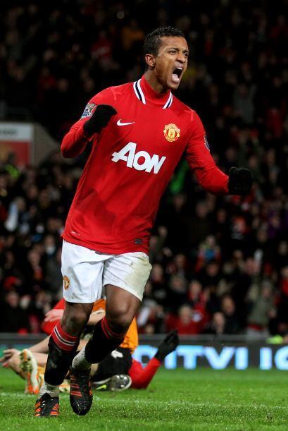 El último volante es el portugués Nani del Manchester United.