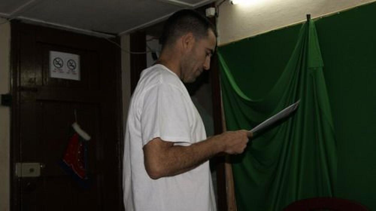 Calixto Ramón Martínez, al ser liberado, se dirigió a la sede de Hablemo...