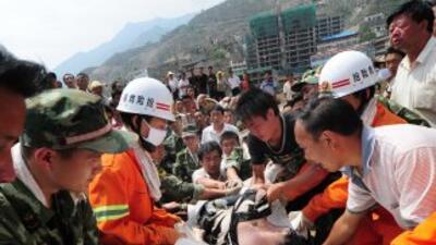 En las tareas de rescate participan un millar de socorristas.