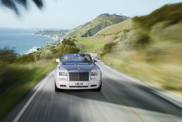 El Phantom Drophead Coupé es el segundo modelo creado por Rolls-Royce de...