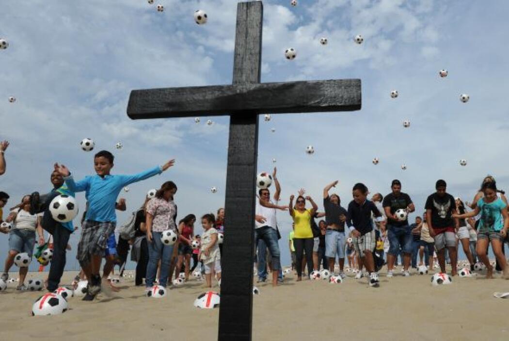 Las protestas comenzaron la semana pasada en Sao Paulo, exclusivamente c...