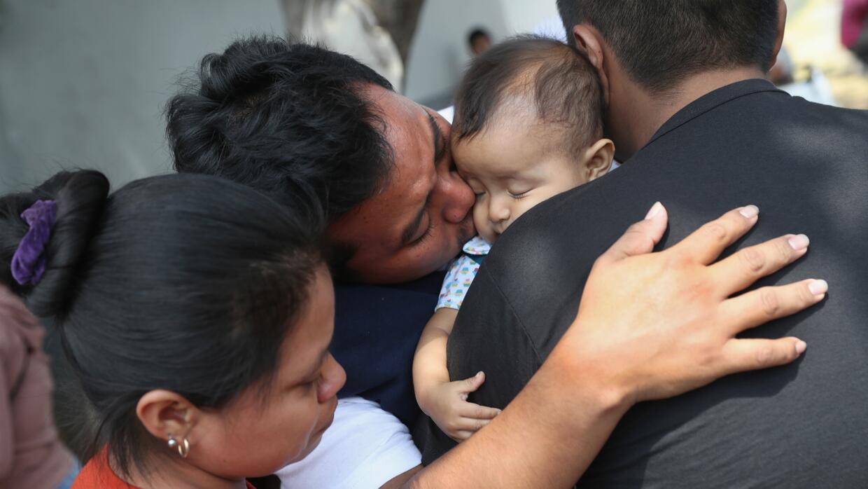 Comunidad de indocumentados crean un sistema para mantenerse a salvo