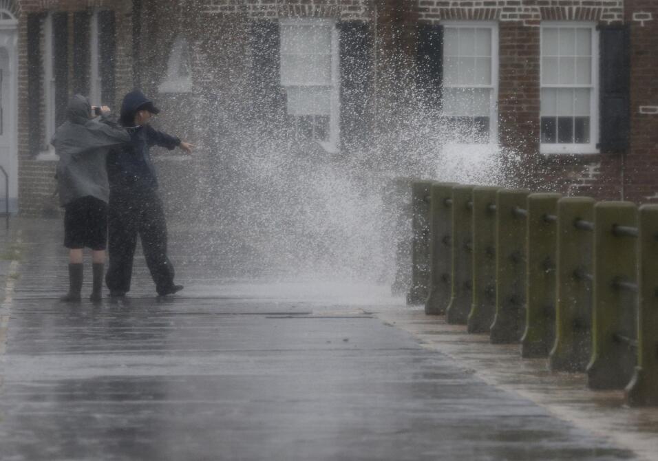 Las lluvias rompen presas en Carolina del Sur SOP%20AP%20SPANA%20SPANWEA...