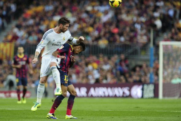 Ancelotti sorprendió con Sergio Ramos en el mediocampo.