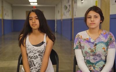 Las hijas de un detenido por ICE cuentan el momento en que arrestaron a...