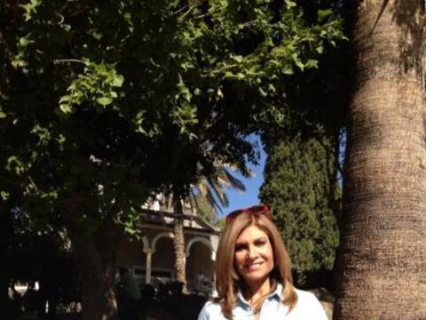 Teresa Rodríguez acompañada de una delegación de hi...