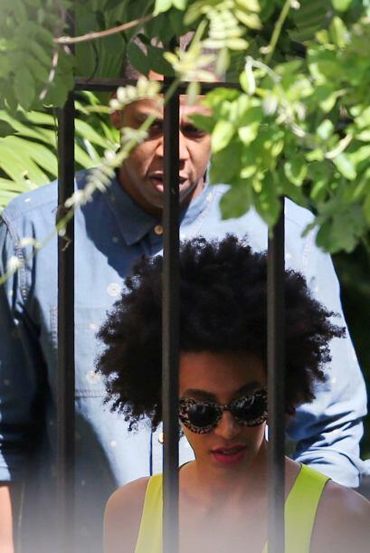 Se comenta que la golpiza que le dio Solange a Jay-Z pudo ser motivada p...
