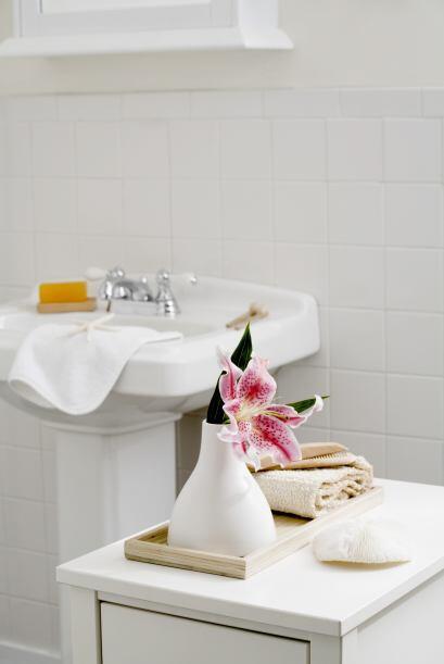 No te limites a usarlas en la sala o el dormitorio. Un pequeño bouquet e...