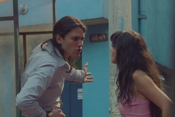 Griselda discute por primera vez con Cejas, pues considera que pidi&oacu...