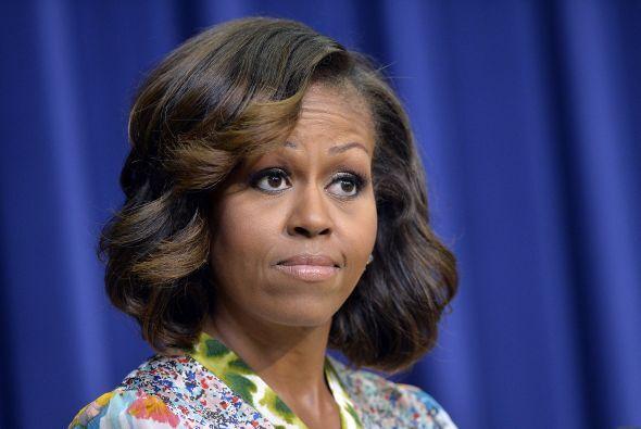 Pero al hablar en la Casa Blanca, su peinado la delató y dejó a la luz s...