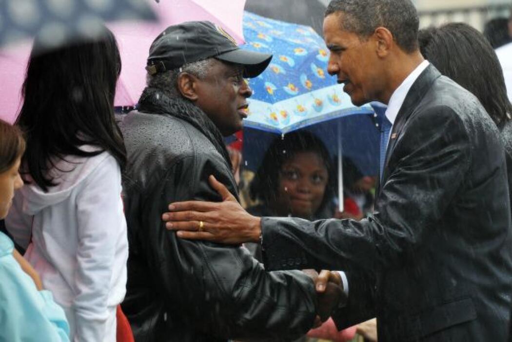 34. Octavo aniversario 11 septiembre  El Presidente Obama comparte el do...