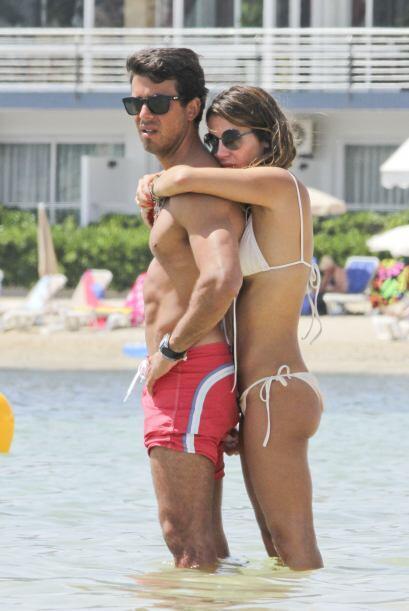 Elena Tablada y Daniel Arigita disfrutaron del sol en las playas espa&nt...