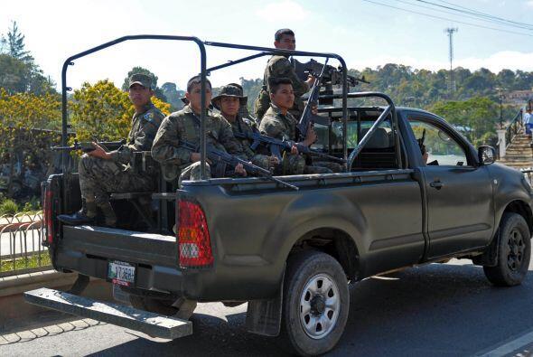 A juicio de Colom, Guatemala, El Salvador y Honduras no tendrán &...