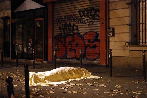 La onda expansiva de los ataques de París paris4.jpg