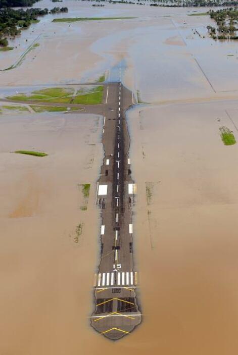 Los niveles del agua llegaron al máximo nivel. El río Fitzroy es uno de...